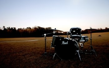 Musik - Drums Wallpapers and Backgrounds ID : 106181
