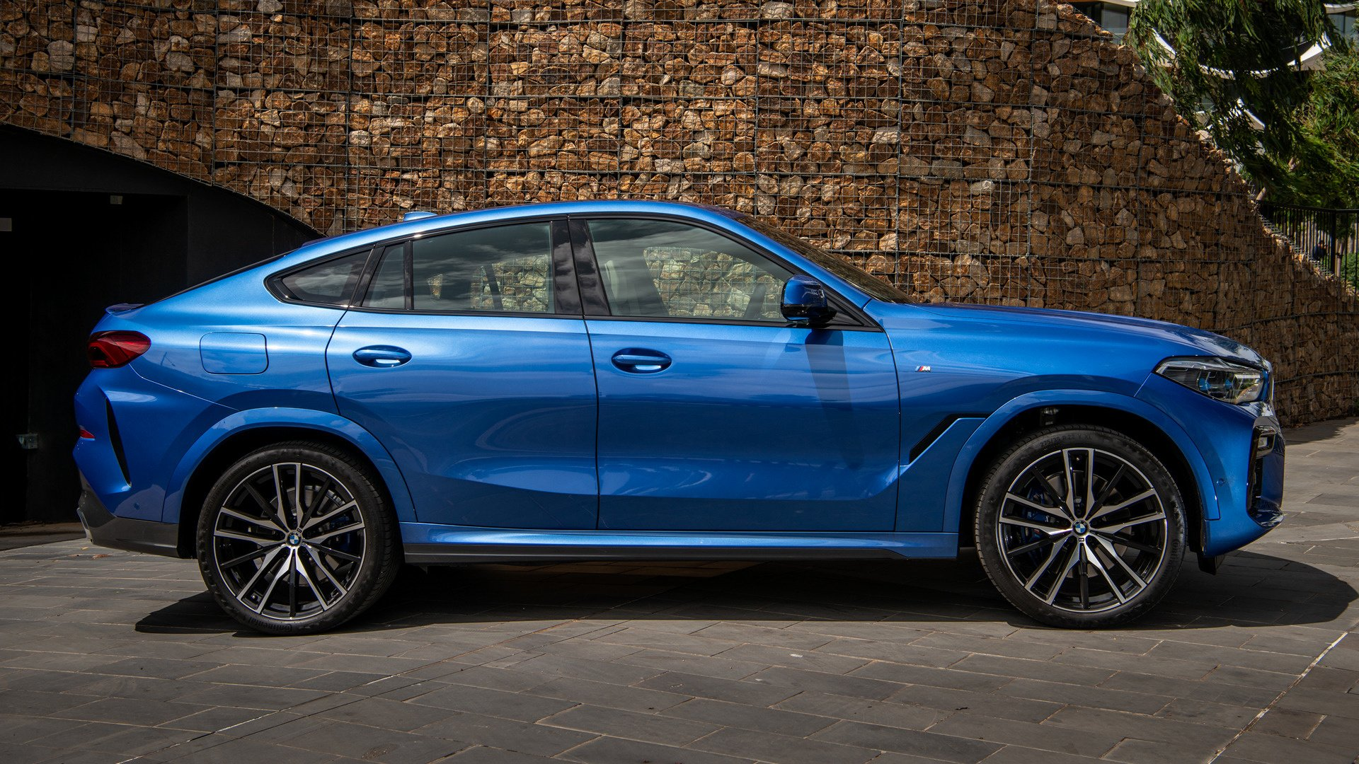 2020 BMW X6 M Sport HD Wallpaper | Background Image ...