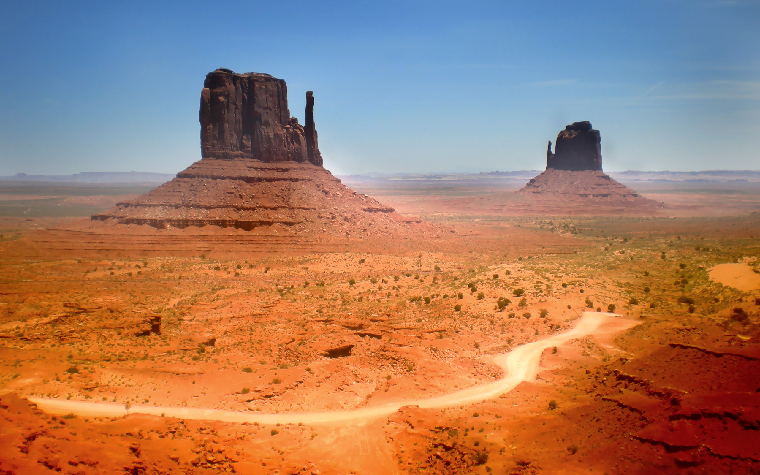 22 Monument Valley HD Wallpapers