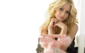 Music - Avril Lavigne Wallpapers and Backgrounds ID : 113571