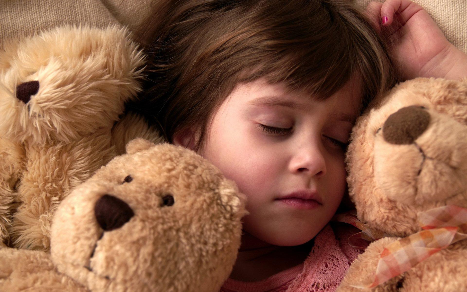 Minnesota) 10 Children File Class Action Lawsuit After Child
