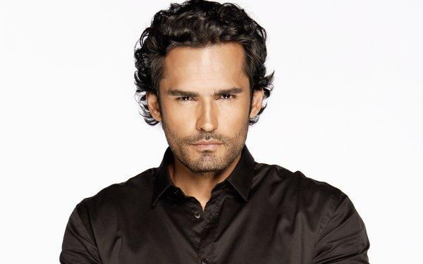 Celebrity Gonzalo García Vivanco Actors Mexico Actor Man HD Wallpaper   Background Image