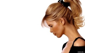Celebrity - Claudia Schiffer Wallpapers and Backgrounds ID : 117843