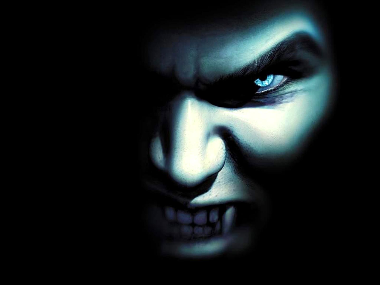 Mörk - Vampyr  Bakgrund