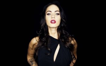Celebrity - Megan Fox Wallpapers and Backgrounds ID : 118763