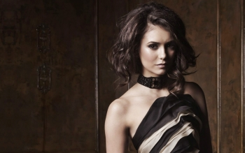 Celebrity - Nina Dobrev Wallpapers and Backgrounds ID : 121963