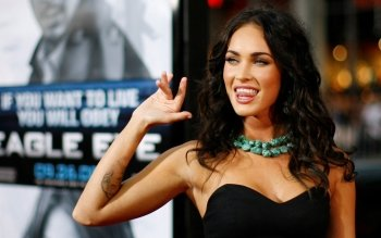 Celebrity - Megan Fox Wallpapers and Backgrounds ID : 124753