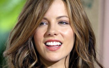 Celebrity - Kate Beckinsale Wallpapers and Backgrounds ID : 124843
