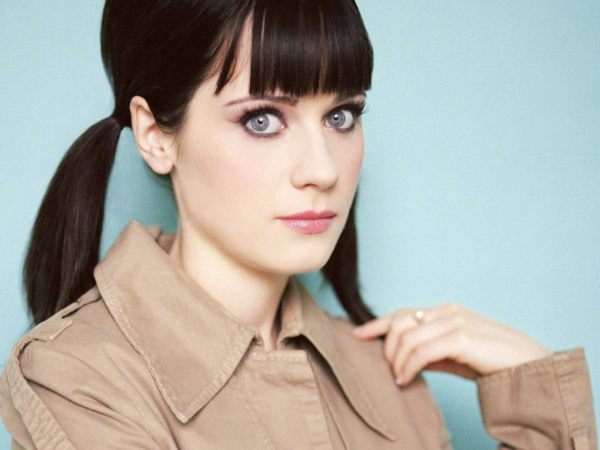 Berühmtheiten - Zooey Deschanel  Wallpaper