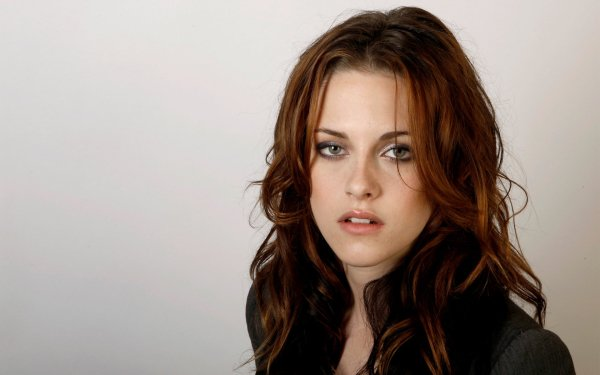 Celebrity - kristen stewart Wallpapers and Backgrounds