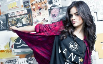 Celebrity - Lucy Hale Wallpapers and Backgrounds ID : 154053