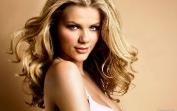 Women - Brooklyn Decker Wallpapers and Backgrounds ID : 157433