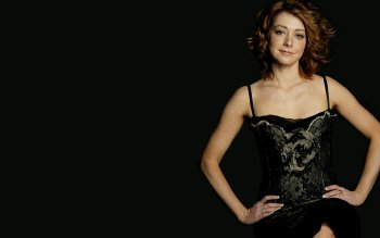 Celebrity - Alyson Hannigan Wallpapers and Backgrounds ID : 162513
