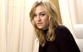 Celebrity - Yvonne Strahovski Wallpapers and Backgrounds ID : 169463