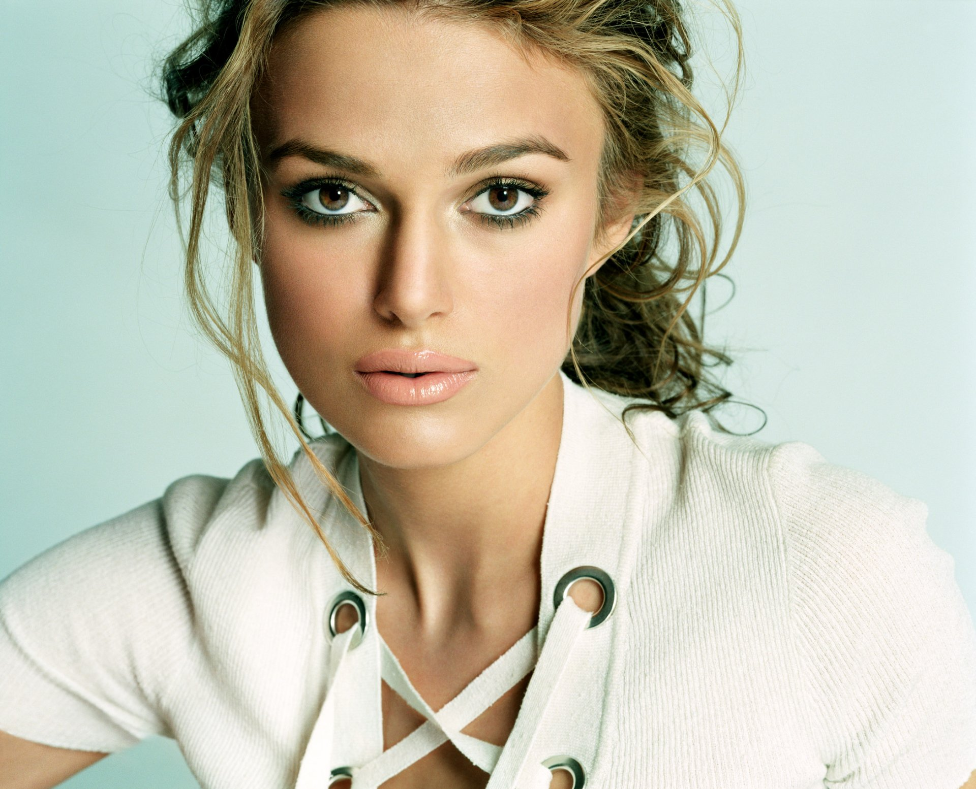 Celebrity - Keira Knightley  Actress Celebrity Wallpaper