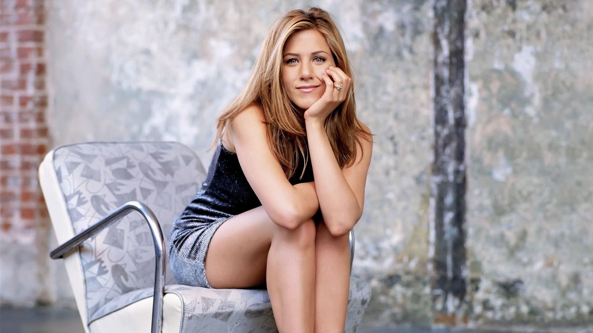 Celebrity - Jennifer Aniston  Wallpaper