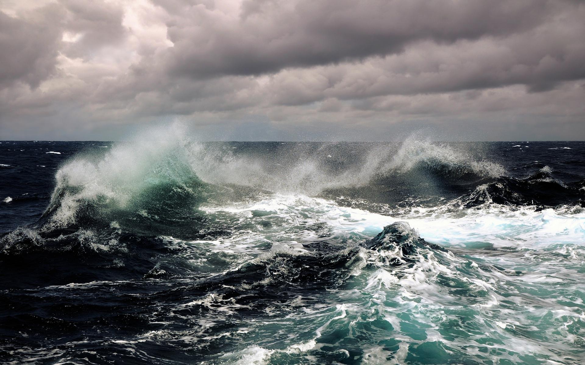 Earth - Wave  Ocean Sea Wallpaper