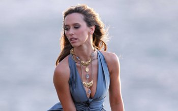 Celebrity - Jennifer Love Hewitt Wallpapers and Backgrounds ID : 201231