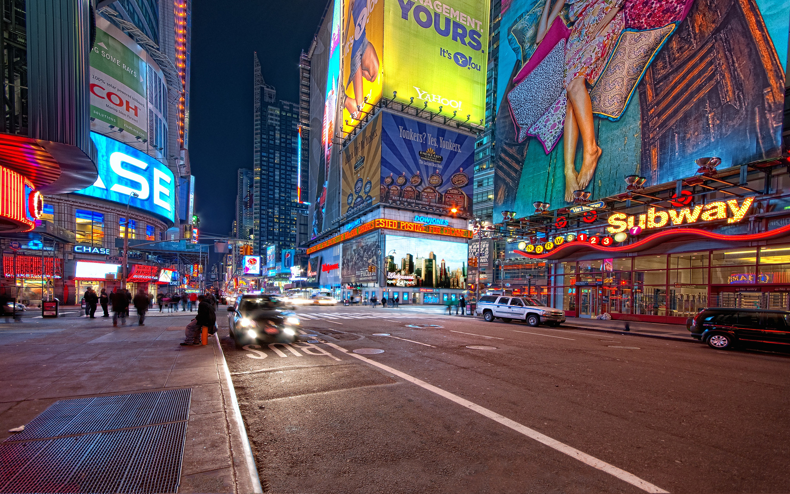 Times Square HD Wallpaper | Background Image | 2560x1600 ...