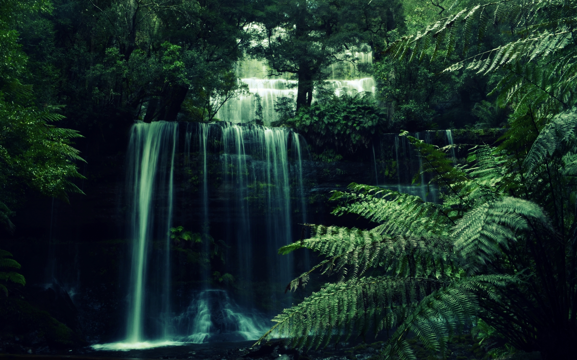 Waterfall HD Wallpaper