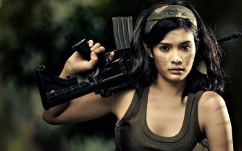 женщины - Women & Guns Wallpapers and Backgrounds ID : 220453