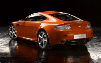 Транспортные Средства - Aston Martin V8 Vantage Wallpapers and Backgrounds ID : 253593