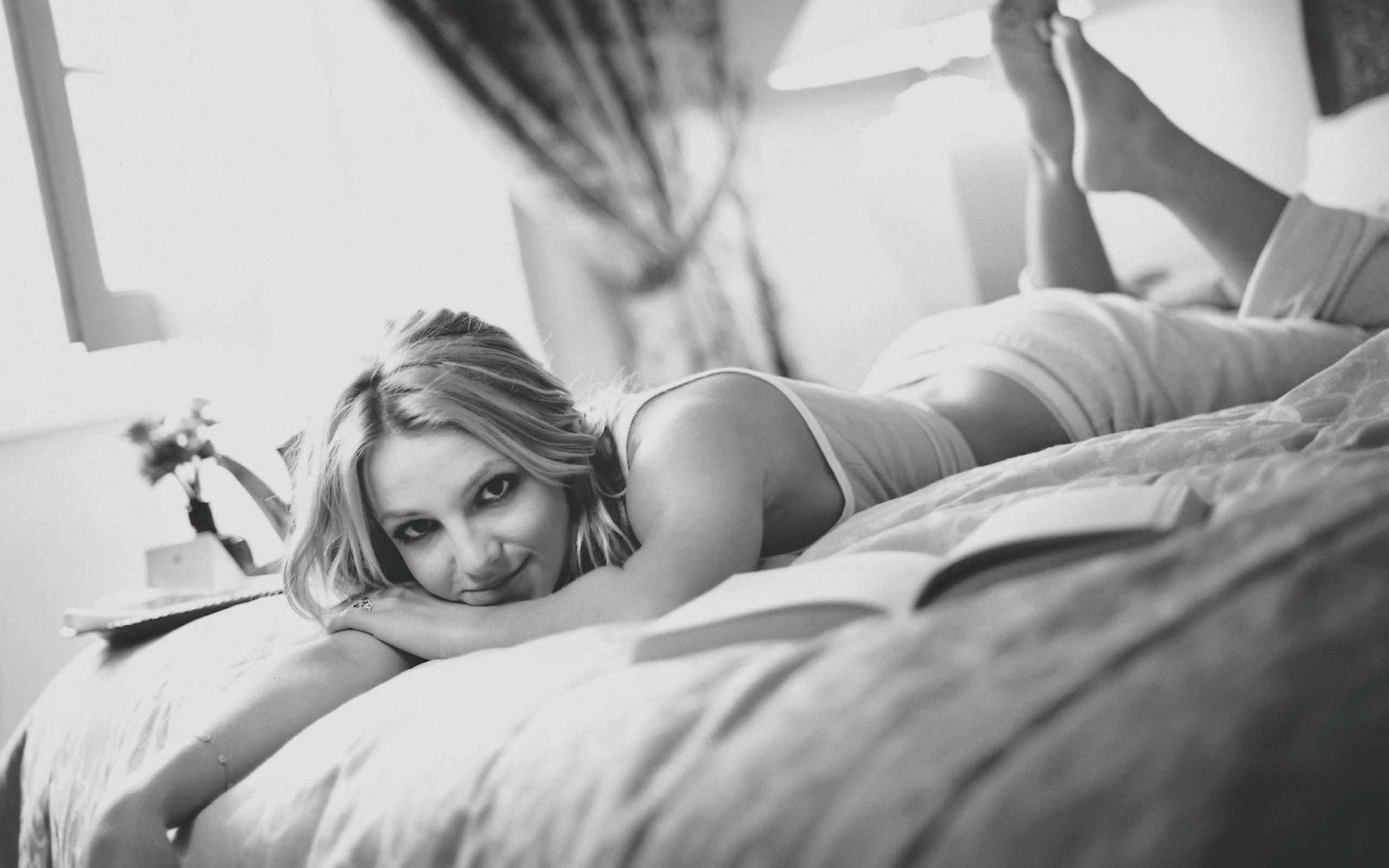 Секс у молоденькой с черным, Молоденькие порно, юные порно, секс 16 фотография