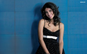 Mujeres - Caterina Murino Wallpapers and Backgrounds ID : 272181