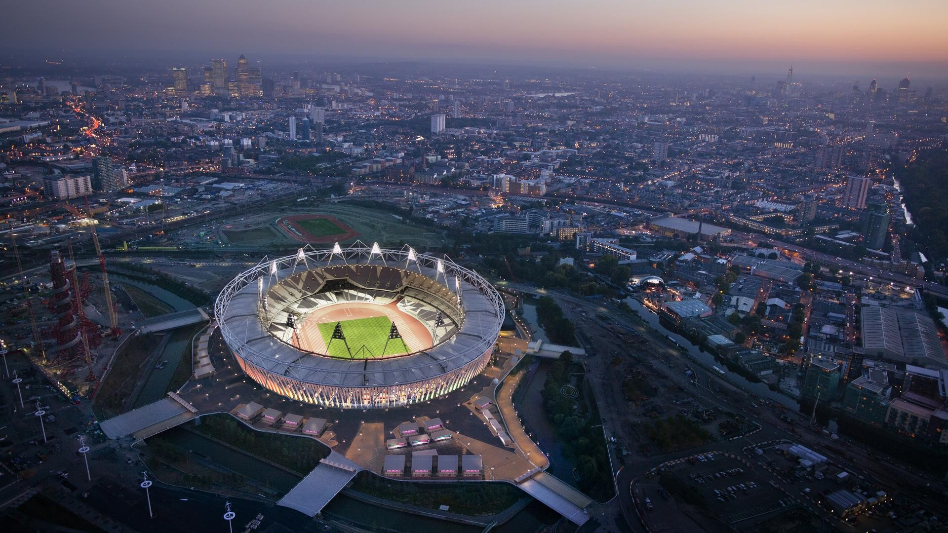 London Olympic Stadium HD Wallpaper