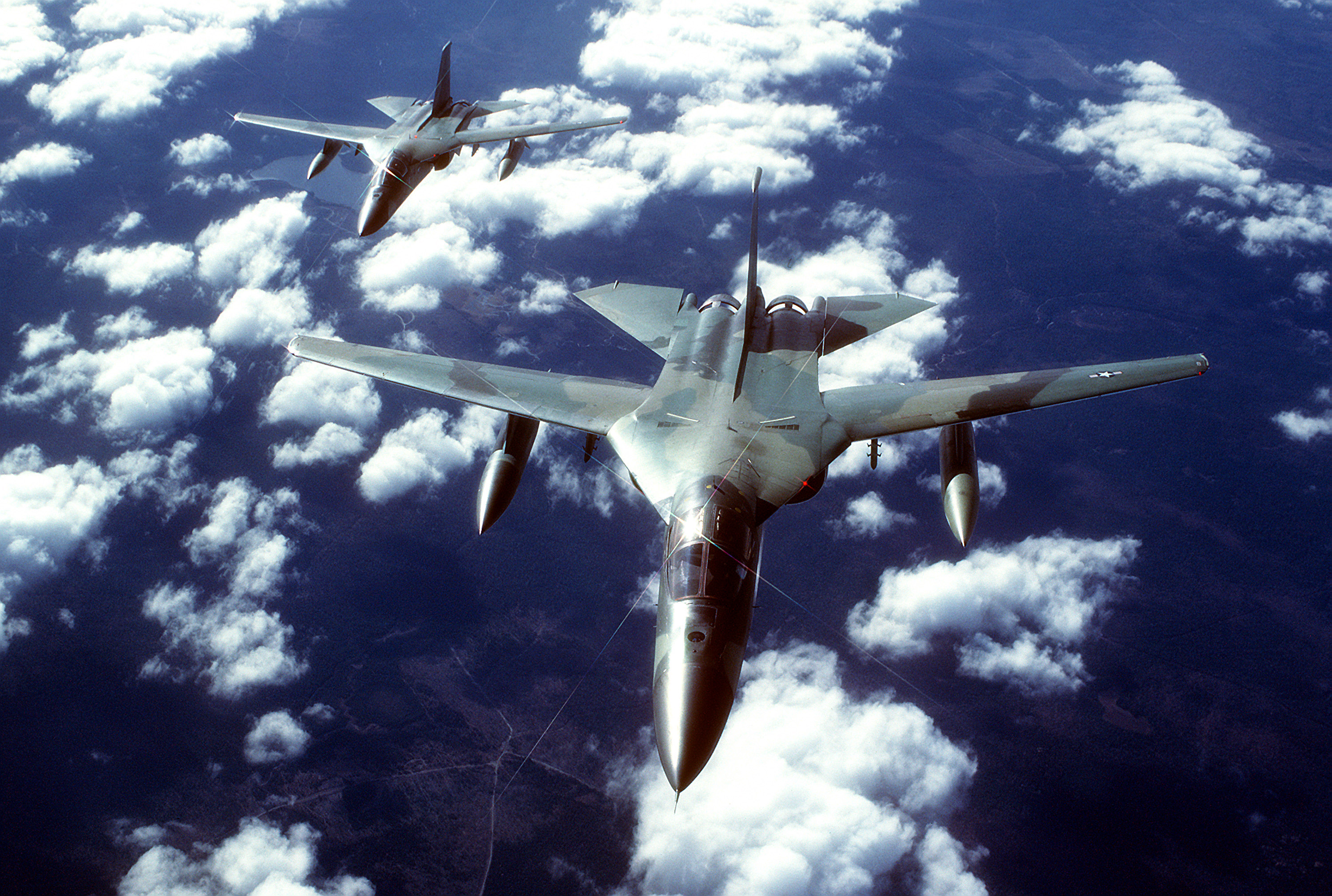 Military - General Dynamics F-111 Aardvark  Fb-111 Wallpaper