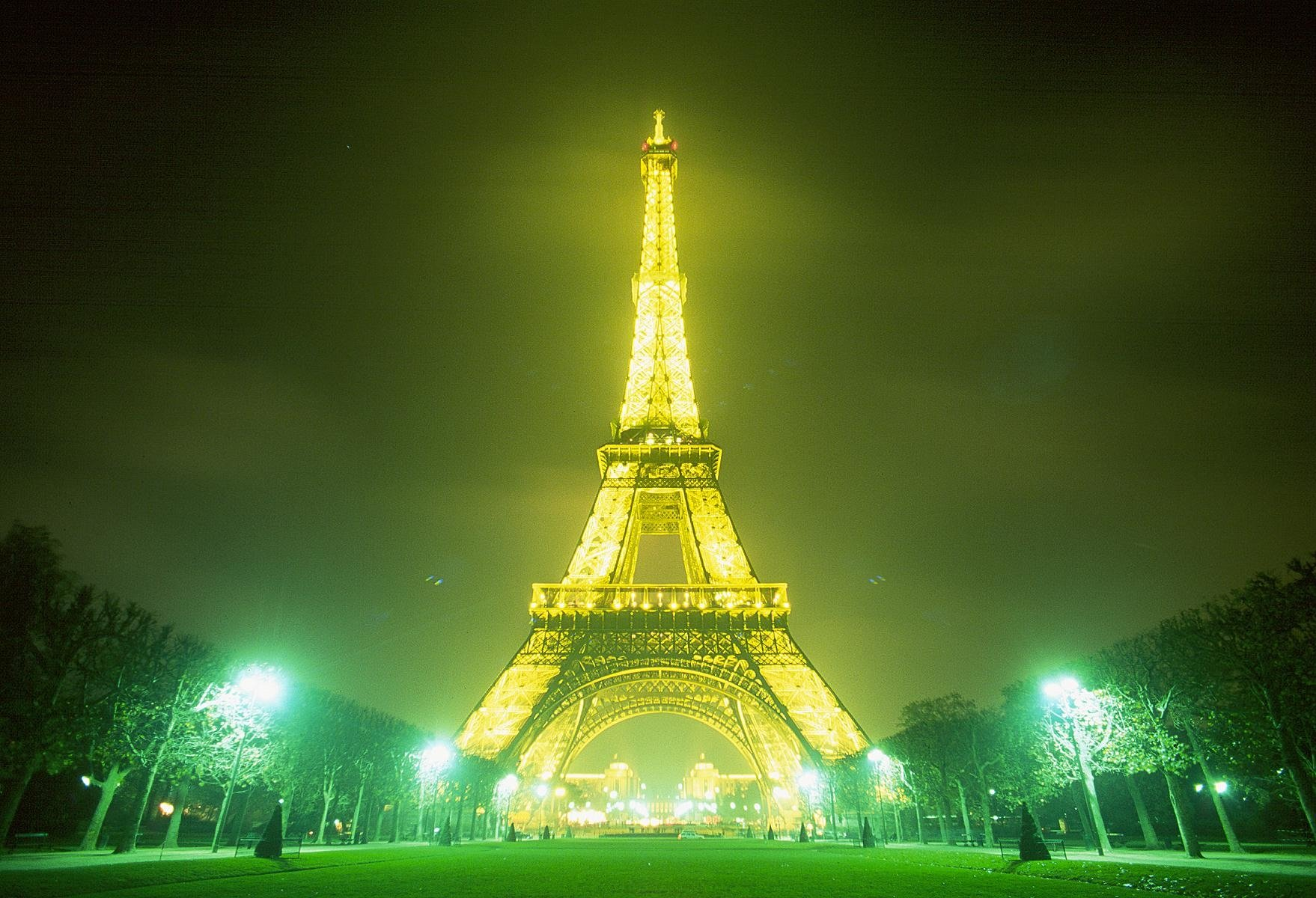 Eiffel Tower Wallpaper And Background Image 1758x1200 Id