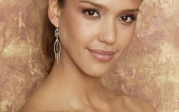 Celebrity - Jessica Alba Wallpapers and Backgrounds ID : 39561