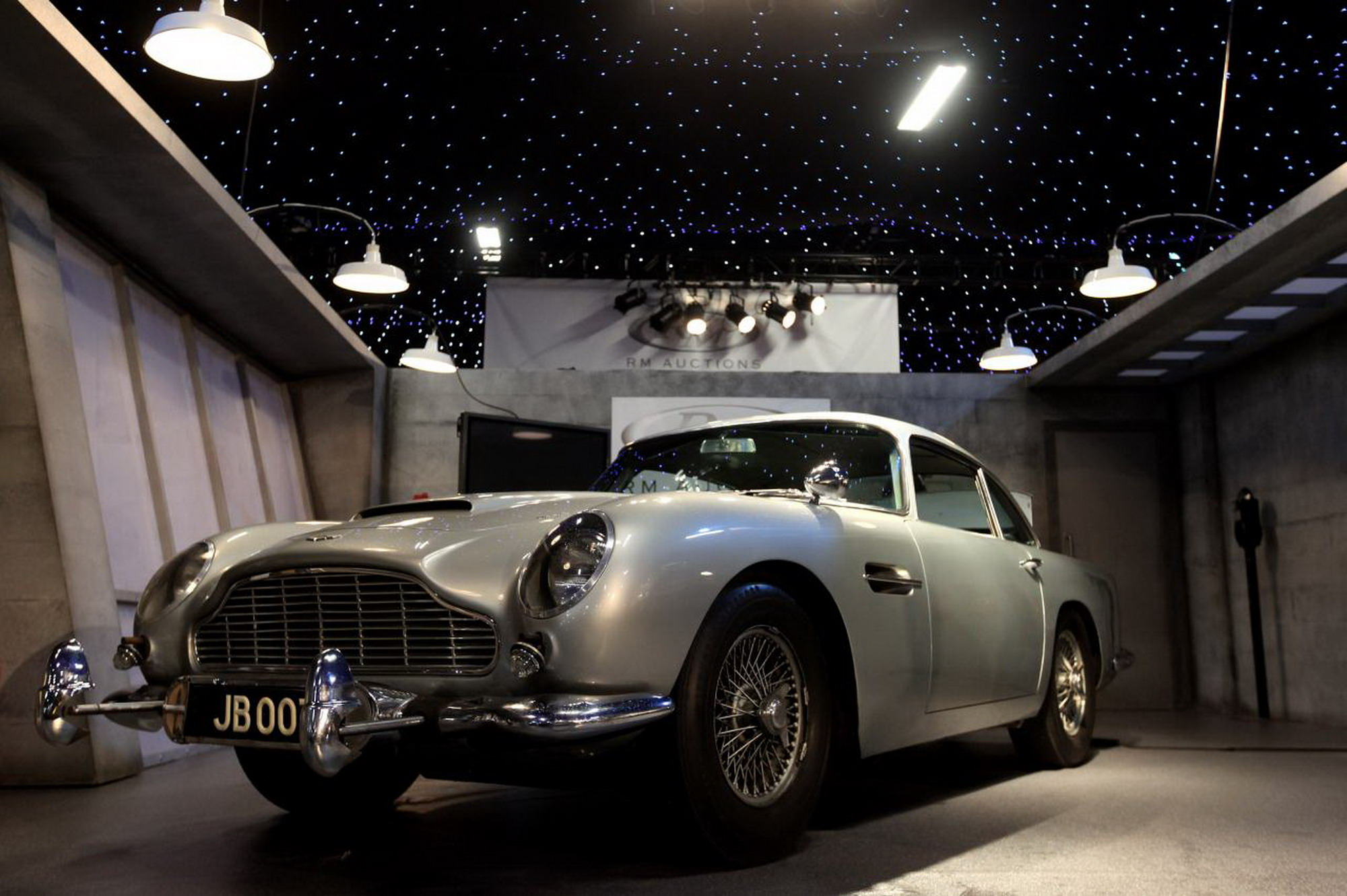 11 Aston Martin Db5 Hd Wallpapers Background Images Wallpaper Images, Photos, Reviews