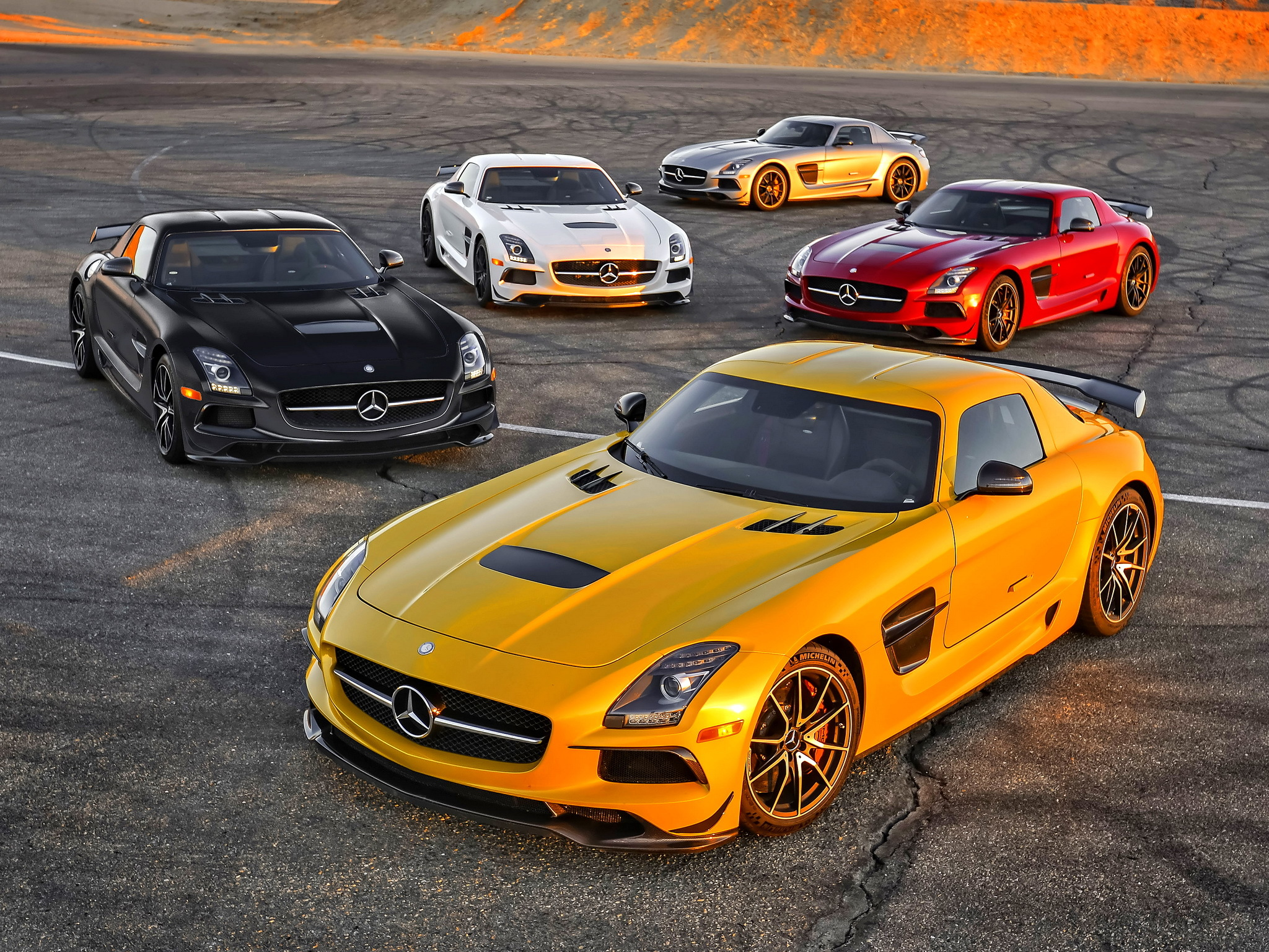 Mercedes Benz Sls Hd Wallpaper Background Image 2048x1536 Id