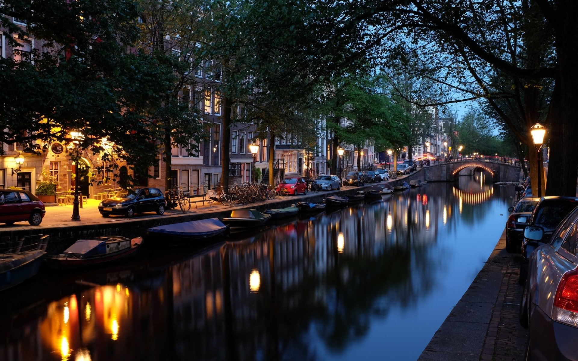 71 Amsterdam HD Wallpapers
