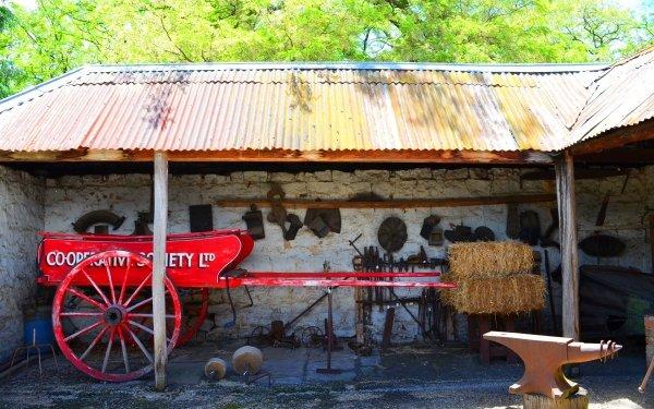 Man Made Eskbank House Building Lithgow Cart Blacksmith Australia HD Wallpaper | Background Image