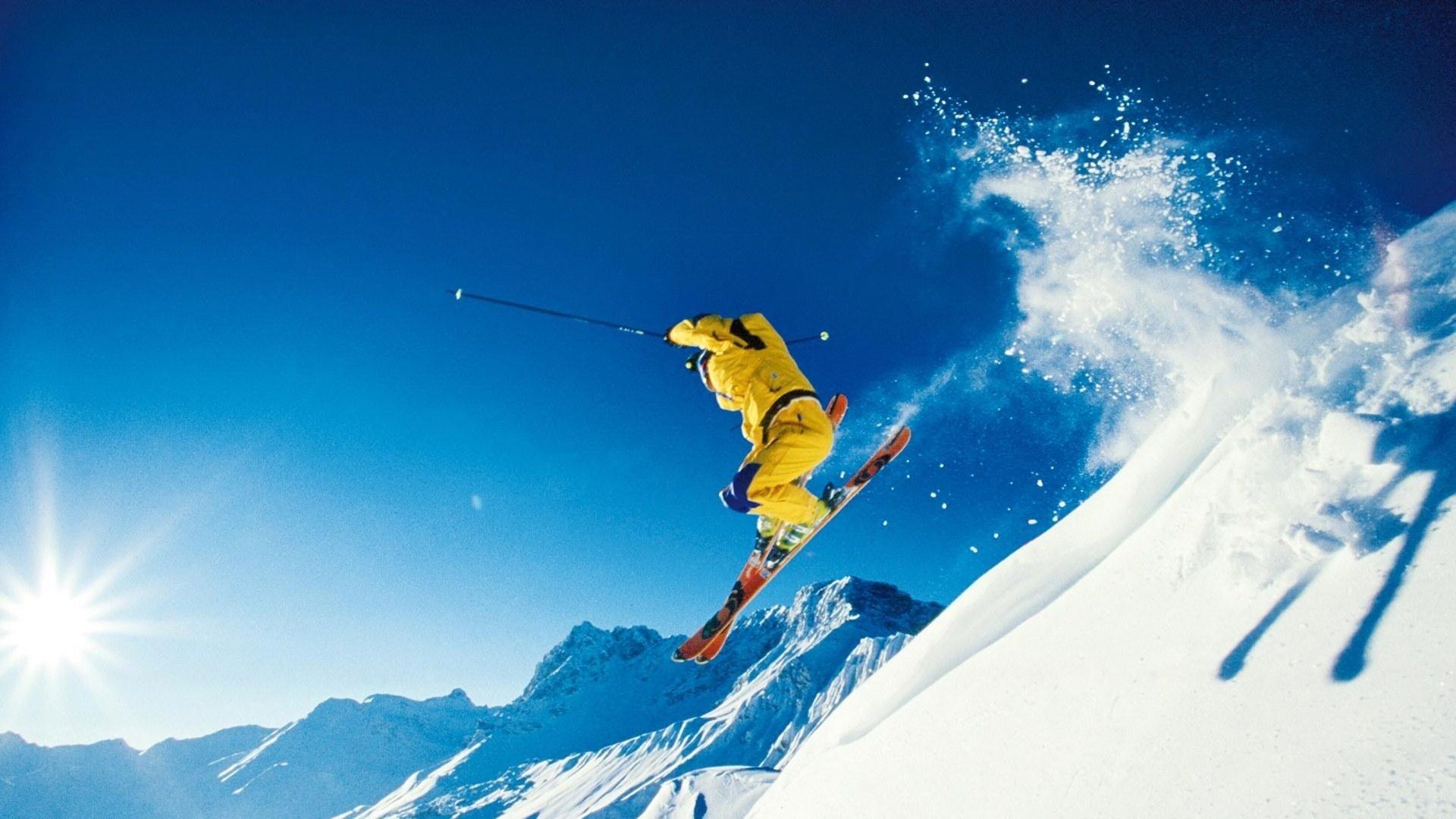 109 Skiing HD Wallpapers