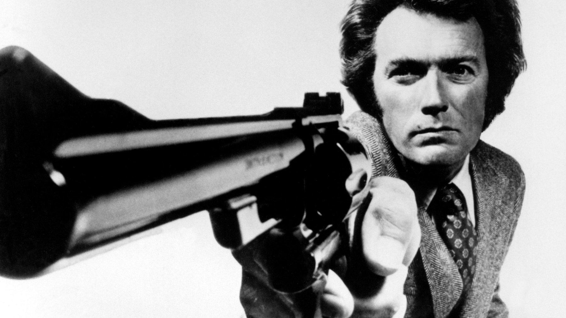 Films - Magnum Force  Clint Eastwood Harry Callahan Fond d'écran