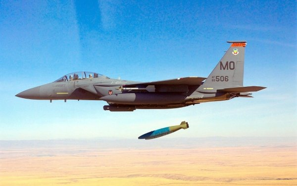 Military McDonnell Douglas F-15E Strike Eagle Jet Fighters McDonnell Douglas F-15 Eagle HD Wallpaper   Background Image