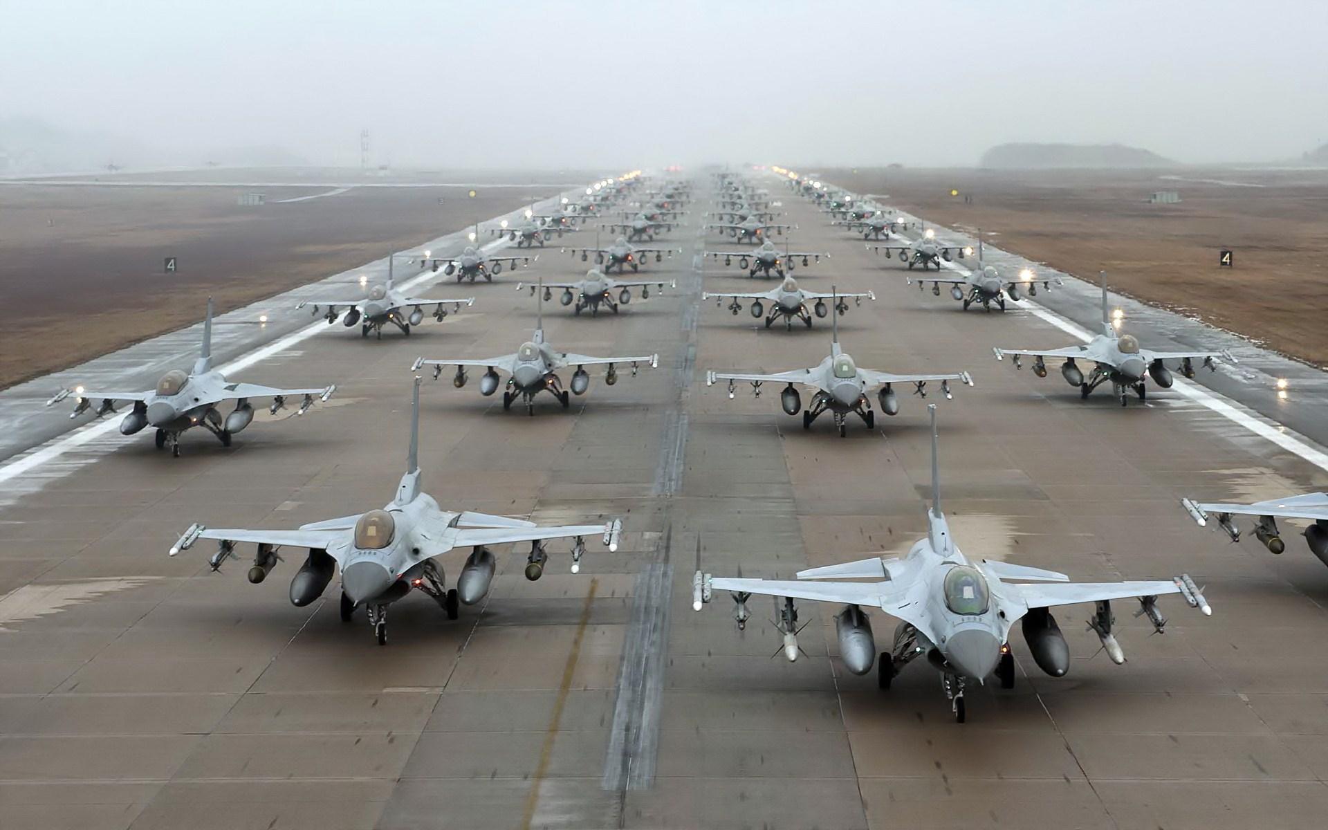 General Dynamics F 16 Fighting Falcon Hd Wallpaper: General Dynamics F-16 Fighting Falcon HD Wallpaper