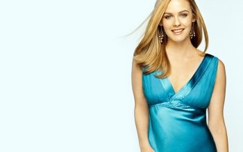 Celebrity - Alicia Silverstone Wallpapers and Backgrounds ID : 474835