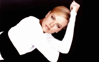 Celebrity - Charlize Theron Wallpapers and Backgrounds ID : 477550