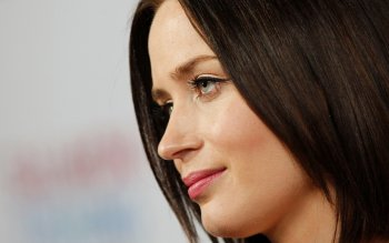 Celebrity - Emily Blunt Wallpapers and Backgrounds ID : 487633