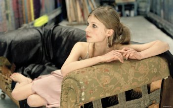 Celebrity - Clemence Poesy  Wallpapers and Backgrounds ID : 488224