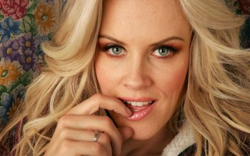 Celebridad - Jenny Mccarthy Wallpapers and Backgrounds ID : 489764