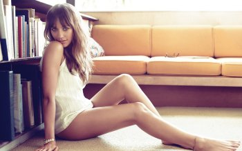 Celebridad - Rashida Jones Wallpapers and Backgrounds ID : 493051
