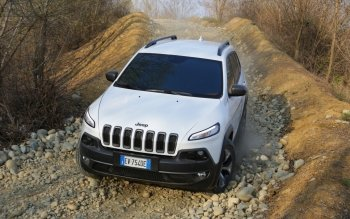 Vehicles - 2014 Jeep Cherokee Wallpapers and Backgrounds ID : 500184