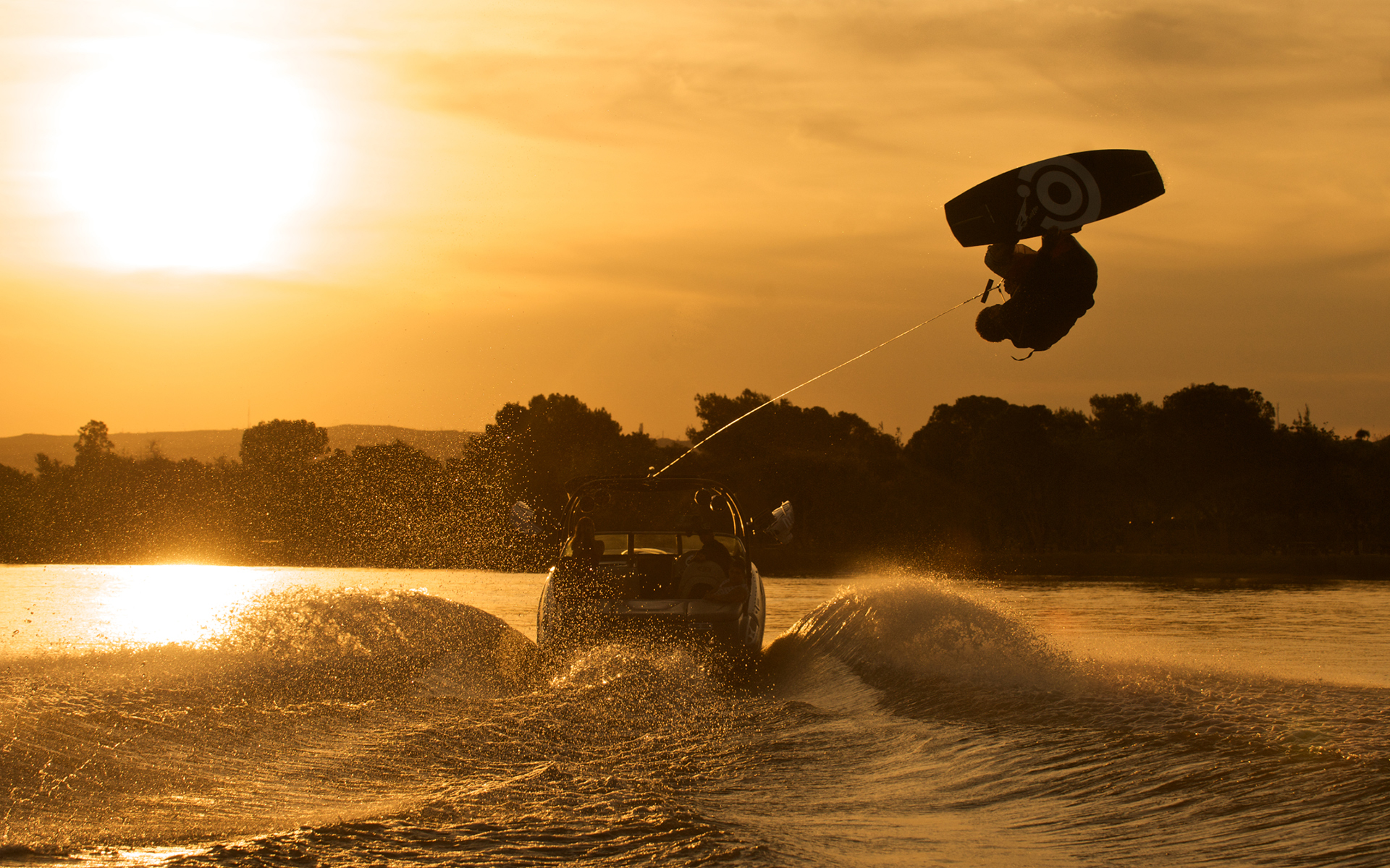 Wakeboarding Boat Wallpaper Wakeboarding At Sunset...