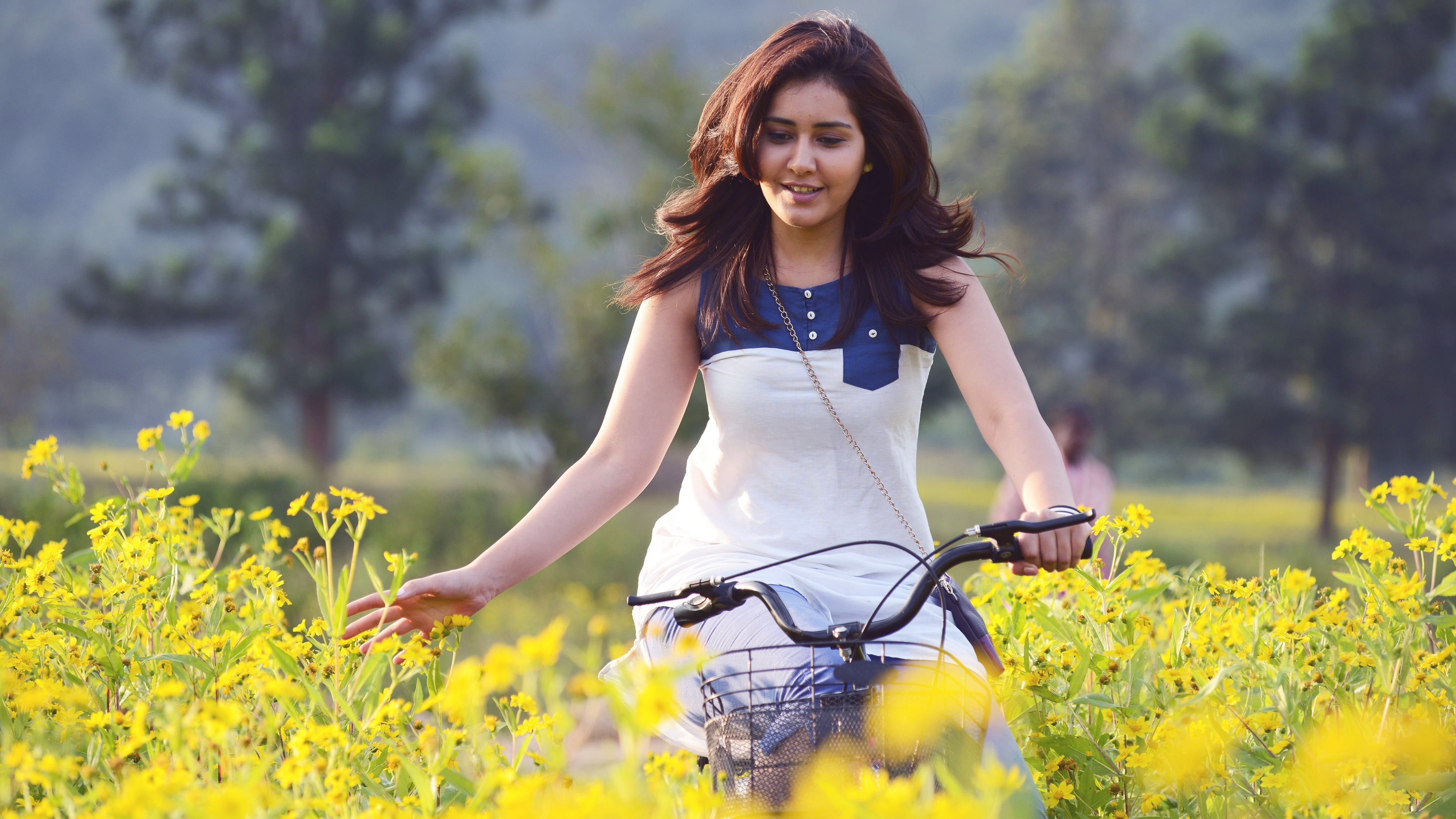 6 Rashi Khanna HD Wallpapers | Background Images ...