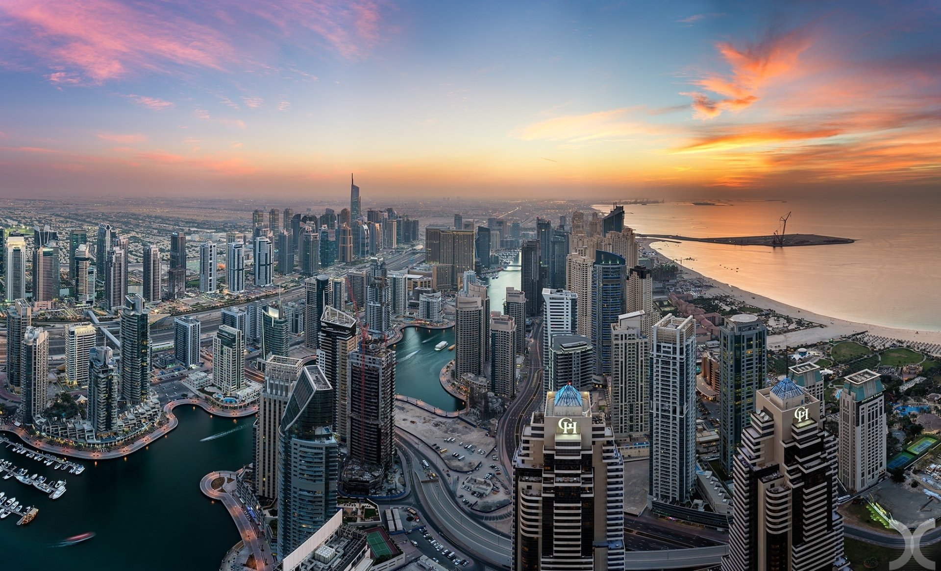 Man Made - Dubai  Skyscraper Sunset United Arab Emirates Dubai Marina Wallpaper